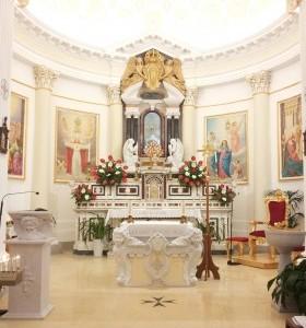 L'Altare e gli Affreschi
